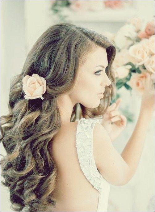 25 Elegant Aussehende Lockige Hochzeit Frisuren Beliebte