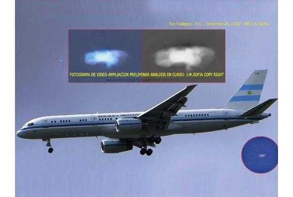 OVNI / UFO acompanha jato presidencial de Cristina Kirchner