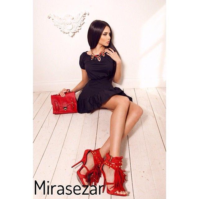 Великолепное платье Aqua от #mirasezar -2500 руб , ткань -хлопок , длина-83 см, размеры -S, M,L. ❤️❤️❤️Сумка с двумя карминами красная -2500 руб, высота-21 см, ширина-26 см@volkonskaya_reshetova❤️❤️❤️Отправляем по всему миру, в любые города и регионы !! Для заказа по МОСКВЕ пишите менеджеру  вконтакте vk.com/id174845044, для заказа в РЕГИОНЫ vk.com/id231174893 или сделайте заказ по телефону 8(499)252-67-29 ☎️☎️☎️ Whats App  89175079732 или на нашем сайте www.mira-sezar.ru Жители Москвы могут…