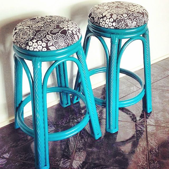 A classic stool set with the twist of a beautiful bold colour and floral patterned cushion top. Absolutely love this colour. Photo doesn't do it enough justice! Painted furniture. Shabby chic. Refurbished. Revamp. Distressed. DIY. Upholstery.