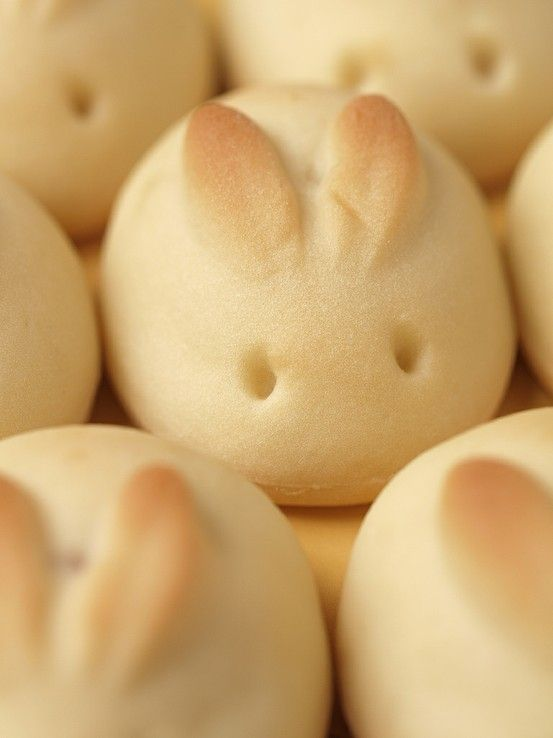 (A shortcut if you don't have time for the traditionals) Bunny Bread for Easter! How to do this is use any sort of frozen or homemade bread dough, form your rolls, snip and lift/shape the ears during rising and carve the eyes once baked! - paaske