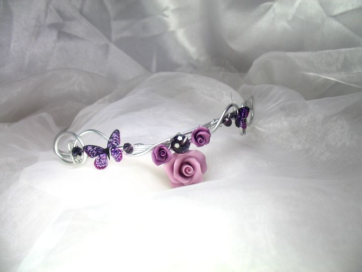 Headband Fil d'aluminium avec roses raisin en porcelaine froide et perles en cristal