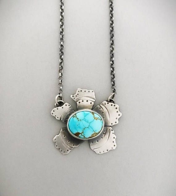 Handmade Nevada turquoise in sterling silver flower. The word *dream* is engraved on it. By Manon of Sisters of the Sun® http://etsy.me/2z9ZczN #handmade #turquoisejewelry #uniquejewelry #flowerjewelry