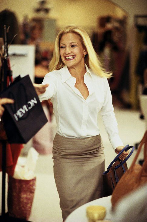 """Kate Hudson in """"How to Lose a Guy in Ten Days"""". Very cute, simple outfit."""