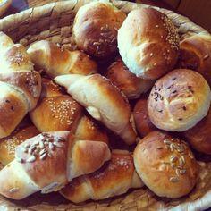 Házi sós kifli és zsemle recept | Receptneked.hu ( Korábban olcso-receptek.hu)