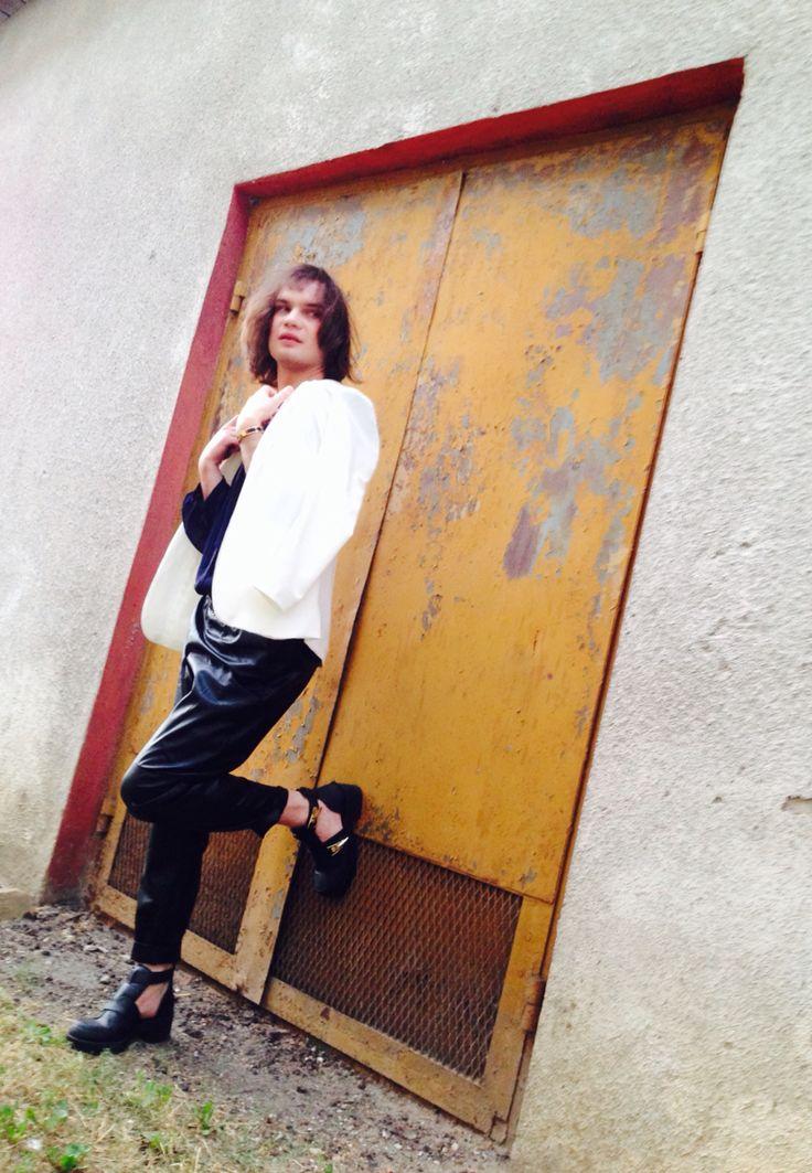 Colours ⚪️⚫️ Akcent @hm jacket  @zara shirt and pants  @riverisland shoes   @hermes bracelet #instamood #like4like #bestoftheday #friends #instalike #igers #fun #summer #picoftheday #instadaily #girl #followme #tbt #cute #instagood #tagsforlikesapp