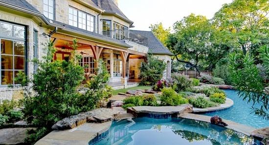 Tudor house landscape area 5211 farquhar dallas for House architecture design garden advice