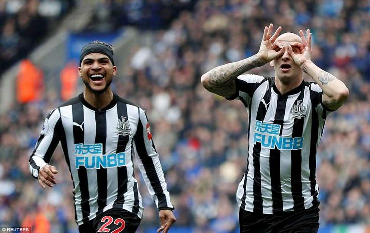 Shelvey celebrates scoring Newcastle's first goal of the Premier League match against Leicester on Saturday afternoon