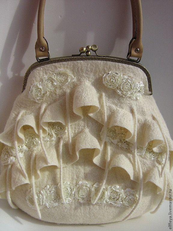 """Сумочка """"Прогулка в облаках"""" - белый,однотонный,женская сумка,бохо-стиль"""