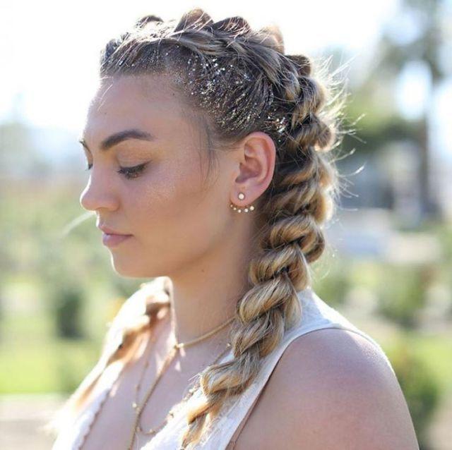 Holen Sie sich den Look: four Enjoyable Competition Frisuren von Coachella – #Kurzhaarfri