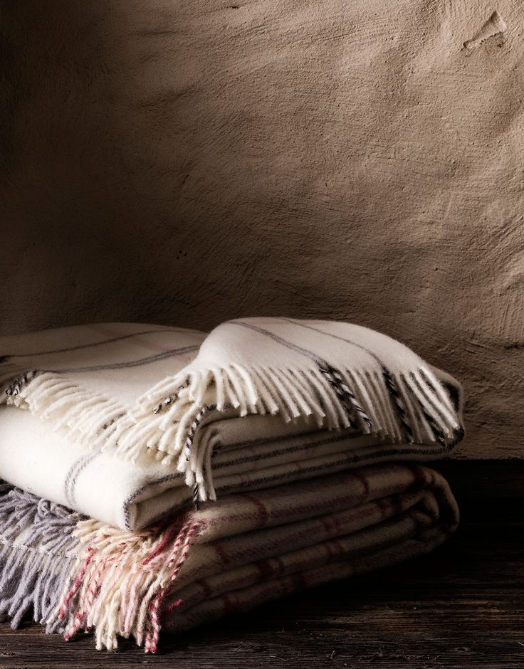 Red Lychee latest hits: Apollo Wool Blanket, Joyce Wool Blanket, Lamama Wool Blanket.