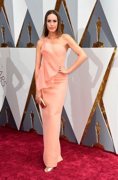 As estrelas de Hollywood já começaram a desfilar na 'red carpet' da cerimónia de entrega dos prémios atribuídos pela Academia de Artes e Ciências de Hollywood.