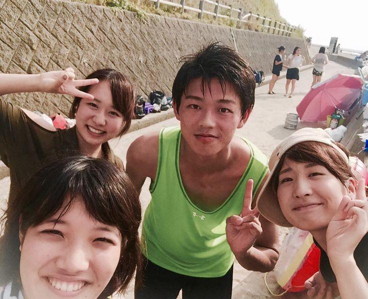 Summer vibes  なんかこの写真好きだから載せとく   #myteam #basketball #uni #medicalstudents #バスケ #バスケ部 #大学バスケ #医学部バスケ部 #医学科 #保健学科 #海 #関屋浜 #canon #eosm10 #japan #instagramJapan #summer #beach