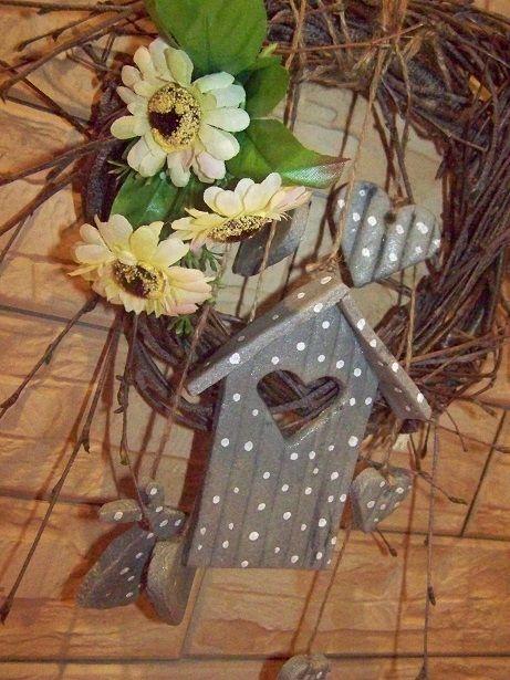 wianek z ozdobami z masy solnej  http://edytamasasolna.blogspot.com/