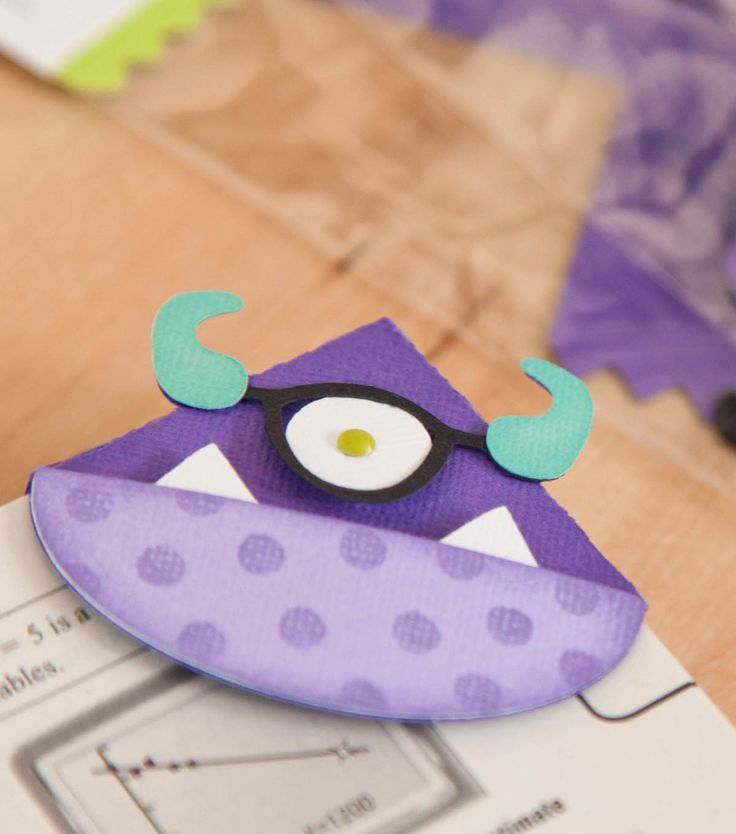 You'll never lose your place again with this monster bookmark! Great #Halloween project!