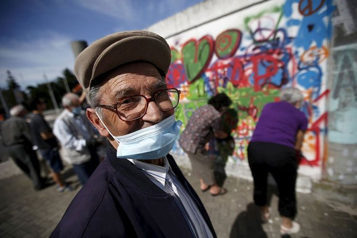 Graffiti dla seniorów EXAMPLE.PL