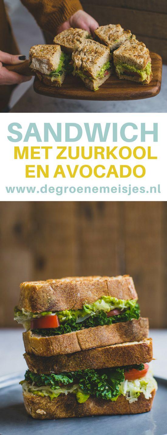 Winters recept voor de lunch. Een sandwich met zuurkool en avocado gebakken in de pan #zuurkool #avocado