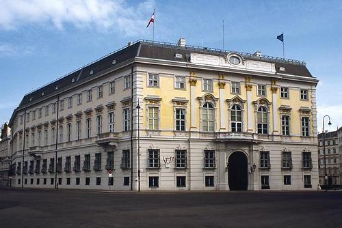 Ballhausplatz - Bundeskanzleramt - ehemaliges Ballhaus | Wien | Bilder im Austria-Forum