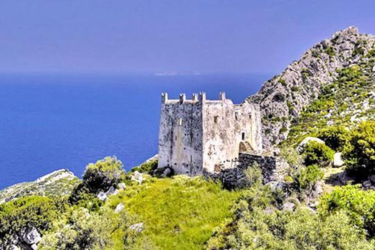 VISIT GREECE|  Ayia Tower #Naxos #Cyclades #greekcastles