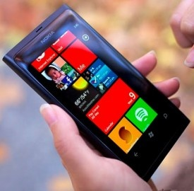 Nokia Lumia 800 e Windows Phone 8