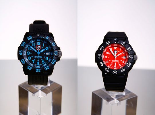 The infamous Luminox Navy Seal Watches come this season in some nice new colorways. The EVO Navy Seal is part of the Colormark Series and features a black/blue dial. The Original Navy Seal Watch comes with an all red dial. …
