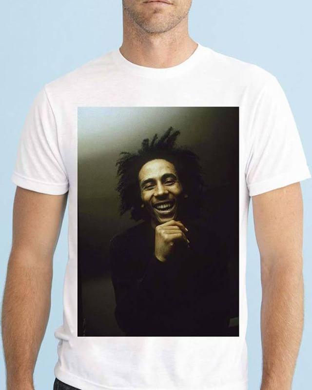 https://www.navdari.com/products-m00478-BOBMARLEYSMILINGDESIGNTSHIRT.html #bob #marley #smile #smiling happy #music #TSHIRT #CLOTHING #Men #NAVDARI