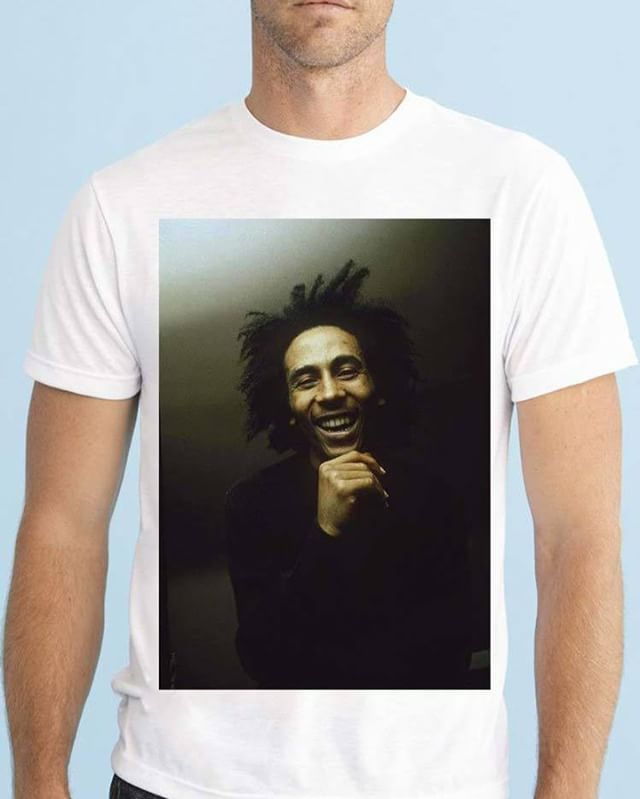 https://www.navdari.com/products-m00478-BOBMARLEYSMILINGDESIGNTSHIRT.html #bob #marley #smile #smiling happy #music #TSHIRT #CLOTHING #Men #NAVDARI