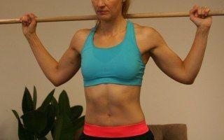 Taille tonique, abdos transverses bien fermes, dorsaux musclés et bras impec : tout ça en un seul exercice à refaire chaque jour !