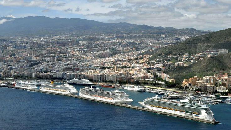 Puertos Canarios rebajan las tarifas portuarias para cruceros que lllegan a sus intalaciones con el fin de atraer a mayor número de navieras y barcos de crucero