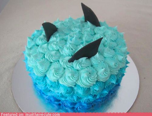 Epicute: Shark Cake. Imagine this for a Sharks fan birthday, or an opening game party.