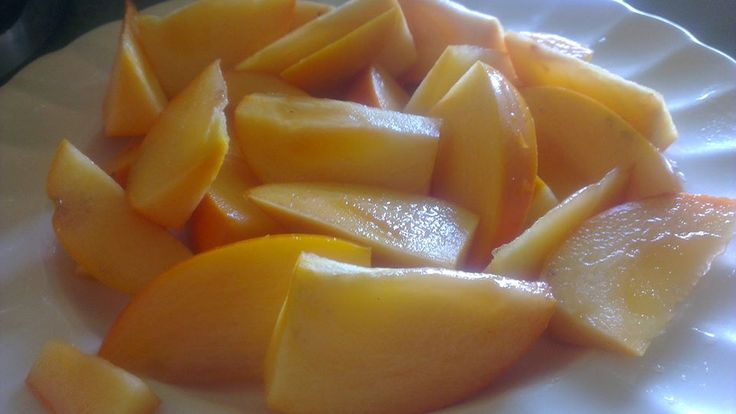 Nothing like a plate of sweet autumn Asian fruit for lunch - the juicy caramel-like indulgence that is persimmons