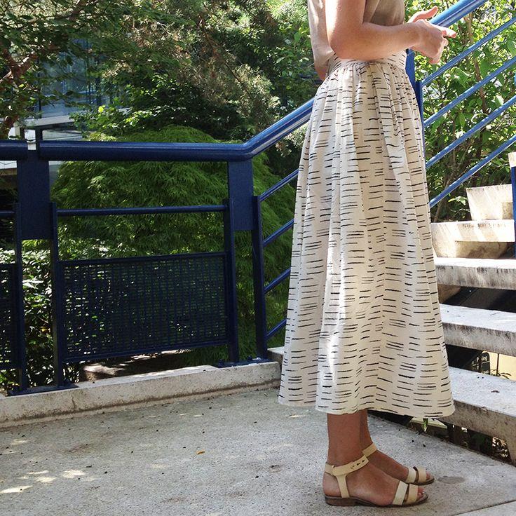 Couture facile : la rédac e essayé le patron de la jupe Hestia d'iampatterns ! - easy sewing : how to do an easy elastic waste skirt for summer / Marie Claire Idées