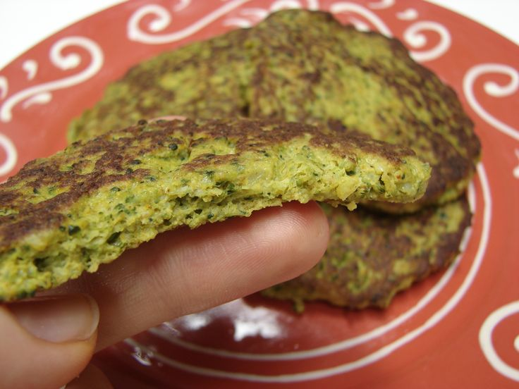 GAPS Broccoli Fritters    1 cup roasted or steamed broccoli florets    2 eggs    1/2 tsp. curry powder    1/4 tsp. sea salt    1 Tbs. coconut oil, butter, ghee, or olive oil