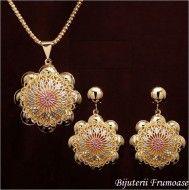 Bijuterii sultana flower placate cu aur  http://www.bijuteriifrumoase.ro/cumpara/bijuterii-sultana-flower-placate-cu-aur-680