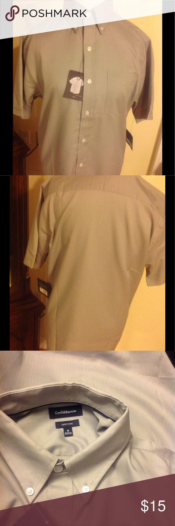 NWT Mens Croft & Barrow Short Sleeve Dress Shirt New Men's Gray Dress Shirt Sz Small. Collared,Short Sleeve,button down front croft & barrow Shirts Dress Shirts