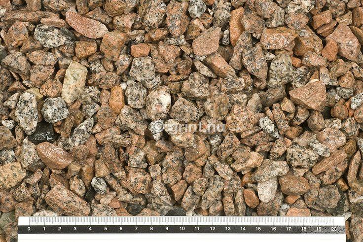 Schots graniet split is een gemeleerde graniet soort met grijs ,rood en bruin tinten.Deze split wordt gratis bezorgd door heel Nederland en is leverbaar in bigbags van 750 en 1500 kilo.