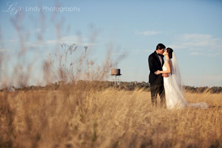 Loved this Jimbour Station country wedding.