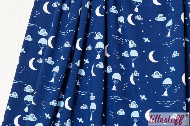 lillestoff » To The Moon And Back « // hier erhältlich: http://www.lillestoff.com/tothemoonandback-3458.html