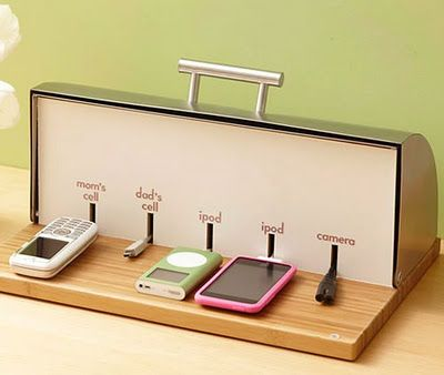 Old bread box recharging area for your cell phones ;; OHHHH I really like the basket idea for holding keys, wallets, sunglassses, etc. That's my biggest problem.