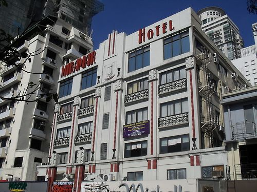 Miramar hotel built in the 1930 39 s in the art deco style for 1930s hotel decor