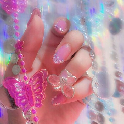 ☆pinvanessagodinezz in 2020  peach nails pink aesthetic