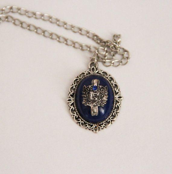 Stefan Salvatore necklace por VintagemeBilbao en Etsy, €10.00