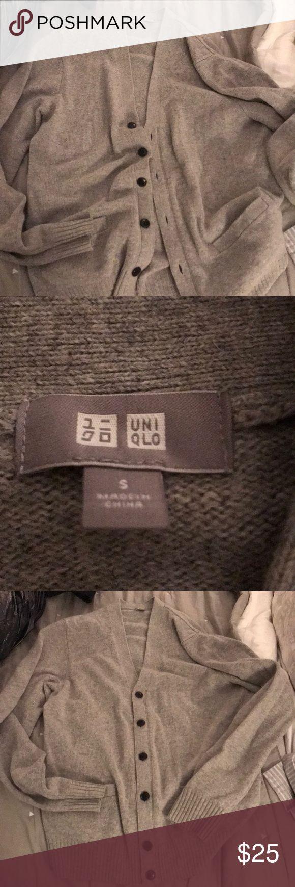 Uniqlo Cardigan Great condition Uniqlo Sweaters Cardigan