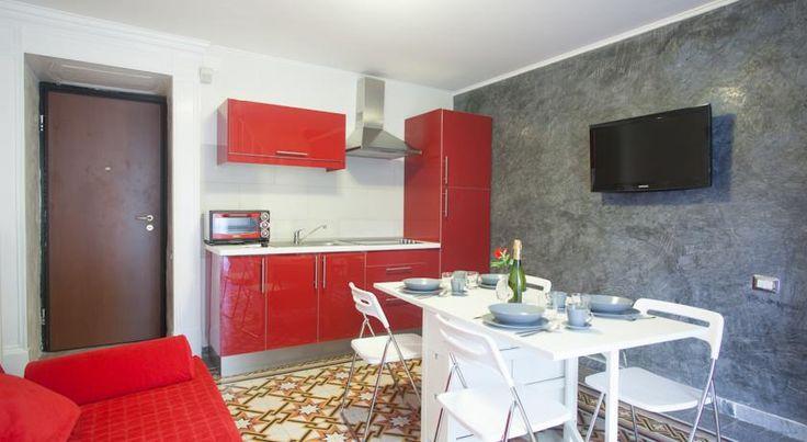 Booking.com: Апартаменты Enjoy Naples - Неаполь, Италия
