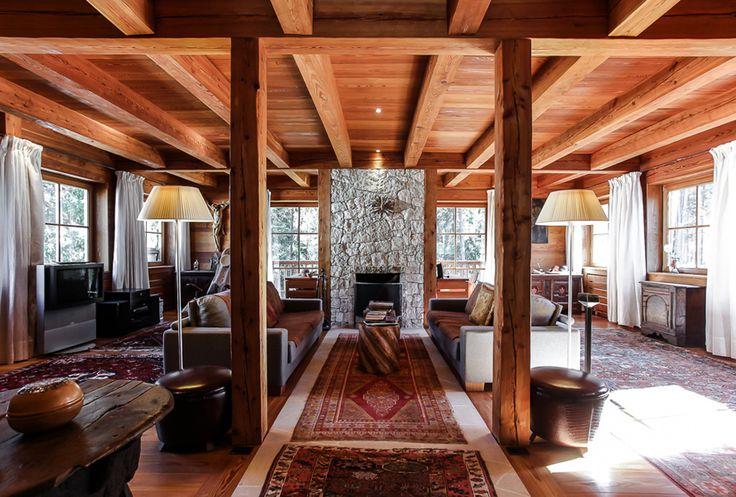Traumhafte Immobilie in den Dolomiten! Rustikal und gleichzeitig modern - Zaubert eine tolle Atmosphäre mitten in den Bergen.