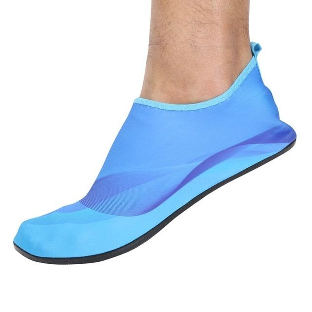 31ee729340be Comfortable Sports Shoes Men Women Surf Aqua Beach Water Shoes Yoga Swim  Diving Non-Skid bottom Shoes Review