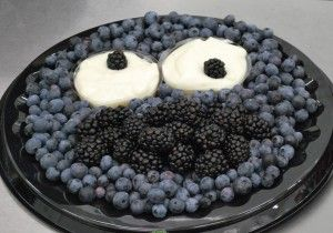 Cookie Monster PARTY! Fruit tray .... from The Produce Mom® –