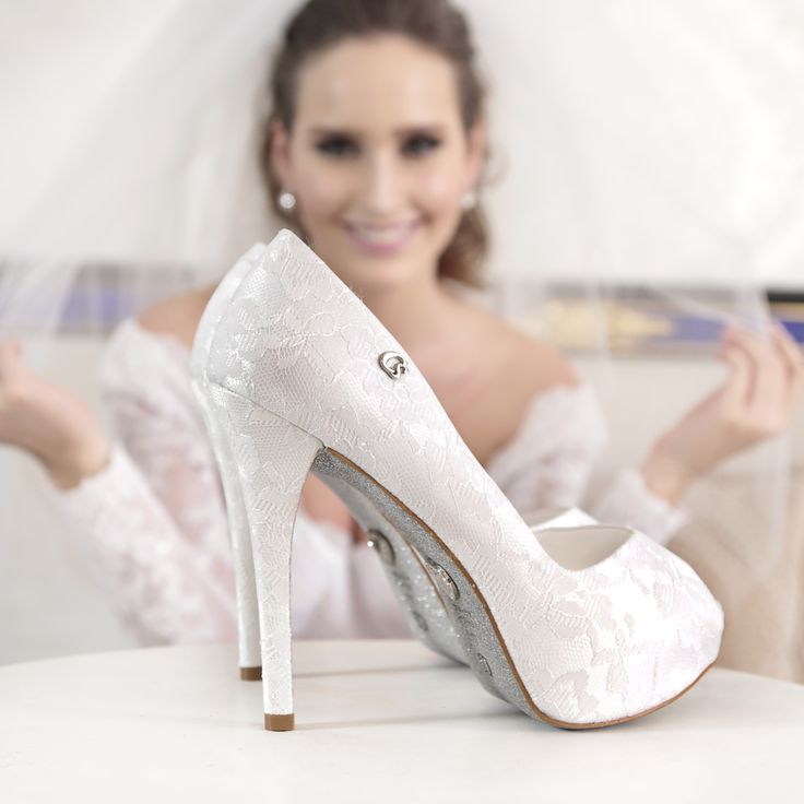 Peep toe rendado Carmen Steffens  #heels #pump