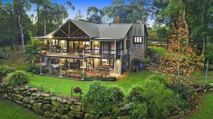 One of a Kind - the Ultimate Getaway http://horseproperty.com.au/property/25850?utm_content=bufferf1fd0&utm_medium=social&utm_source=pinterest.com&utm_campaign=buffer #NewSouthWales #BlaxlandsRidge #ForSale #HorseProperty #RealEstate