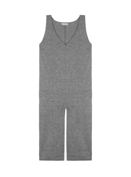 #mixxmix Knit V-Neck Jumpsuit Step outside and don impeccable style with this simple yet elegant knit jumpsuit. Sleeveless style with a v-neckline, and a loose, wide-leg silhouette for optimum comfort! Wear with long sleeve pullover plus point toe mint pumps for a unique city flair. #mxm #girls #womens #girlfriend #teenagegirls #twinlook #similarlook #koreanfashion #unique #trendy #lovely #casual #stylish #streetfashion